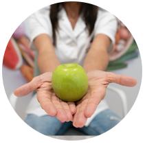 ana dietista nutricionista manzana mano mini - Inicio